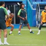 Marcelo er tøkur aftur. Hann, Neymar og hinir á brasilanska liðnum kunnu fáa eina trupla uppgávu ímóti Meksiko í dag (Mynd: EPA)