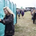 Maður handtikin á Roskilde festivalinum: Tók video av kvinnum meðan tær pissaðu