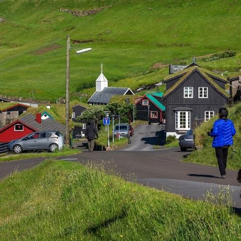 Fólkatalið er helst meiri enn 51.000