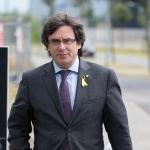 Týskur dómstólur: Puigdemont kann vera útflýggjaður til Spania