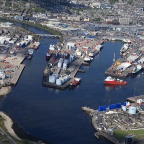 Oljan heldur lív í Aberdeen