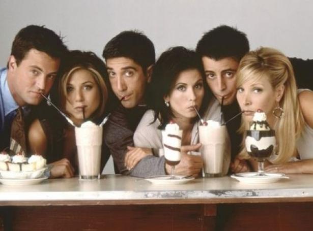 Frá vinstru til høgru: Matthew Perry, Jennifer Aniston, David Schwimmer, Courtney Cox, Matt LeBlanc og Lisa Kudrow