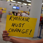 Flogskiparar hjá Ryanair í verkfall: 146 fráferðir avlýstar