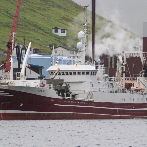 Grønlendskt uppsjóvarskip landað til Pelagos