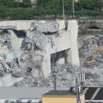 Italia revsar fyritøku eftir at brúgv datt niður