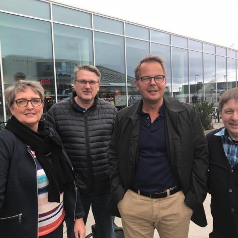 Føroyingar á oljumessu í Stavanger fyri at skapa nýggj arbeiðspláss