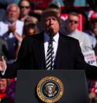 Trump hóttir við at taka USA úr avdubbingaravtalu