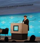 Týdningurin av shipping fyri Føroyar við á Arctic Circle