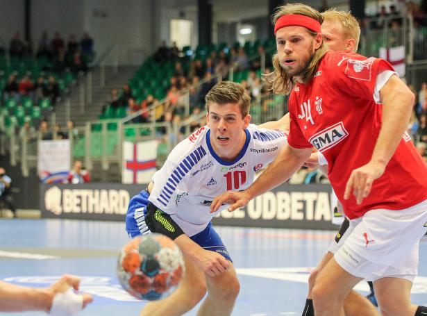 Møguleiki er fyri at stuðla Kjartan Johansen og hinum føroyingunum og uppliva Mikkel Hansen og co. leygardagin 13. februar í Royal Arena (Mynd: Sverri Egholm)