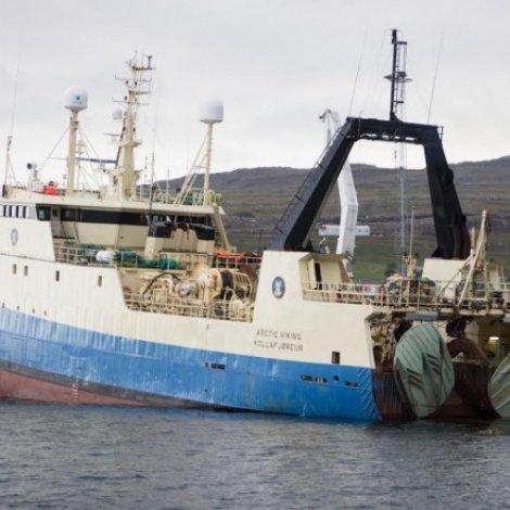 Arctic Viking skal skifta høvuðsmotor í Føroyum