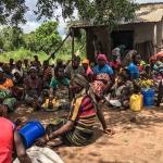 Mosambik: Í minsta lagi 446 fólk deyð