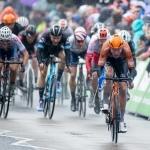 Spurtandi hópurin megnaði ikki at fáa Asselmann aftur, og hann vann fyrsta teinin av Tour de Yorkshire (Mynd: EPA)