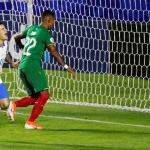 Philippe Coutinho hevur verið fyri nógvum kritikki í Barcelona, men í nátt var hann avgerandi fyri heimland sítt í byrjunardystinum í Copa America (Mynd: EPA)