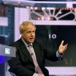 Boris Johnson kemur við endaligu brexitætlanini í dag