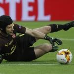Petc Cech spældi sín seinasta dyst fyri Arsenal í Europa League-finaluni móti júst Chelsea (Mynd: EPA)