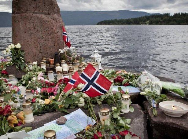 Minnisstað yvirav Utøya - Mynd: politikken.dk