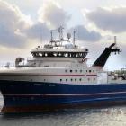 Svend C landar makrel i Kollafirði