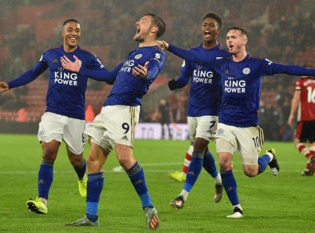 Jamie Vardy skoraði áttanda dystin á rað, tá Leicester í dag vann 1-4 ímóti Aston Villa (Savnsmynd)