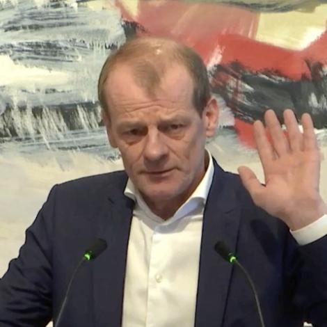Video: Høgni og Jørgen skjóta við skørpum