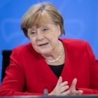 Angela Merkel fingið fyrru koppsetingina frá AstraZeneca