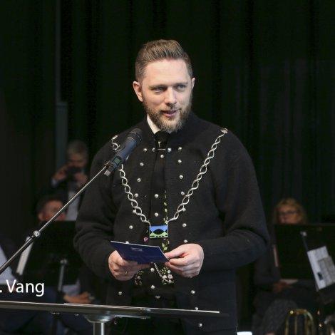 Floksformaðurin meldar seg úr Sjálvstýri