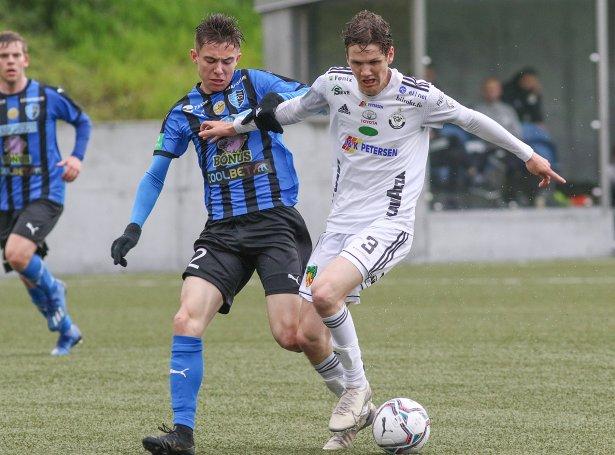 Magnus Holm Jacobsen skoraði til 1-0 fyri B36 (Mynd: Sverri Egholm)
