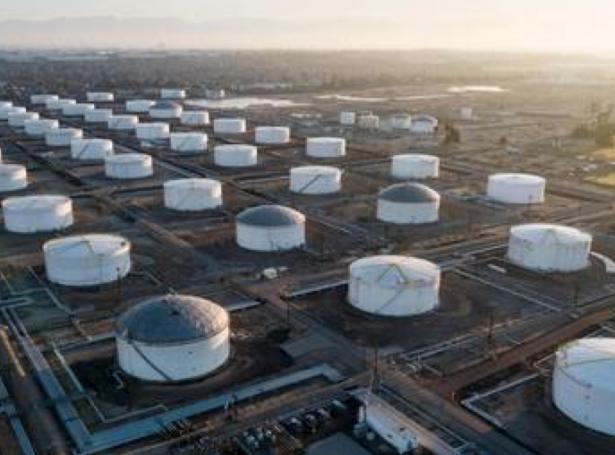 Saudi Arabia hóttir við prískríggi, um ikki Opec lond sum Angola og Nigeria halda seg til semjuna at lækka oljuframleiðsluna