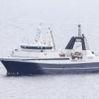 Polar Nanoq landar í Kollafirði