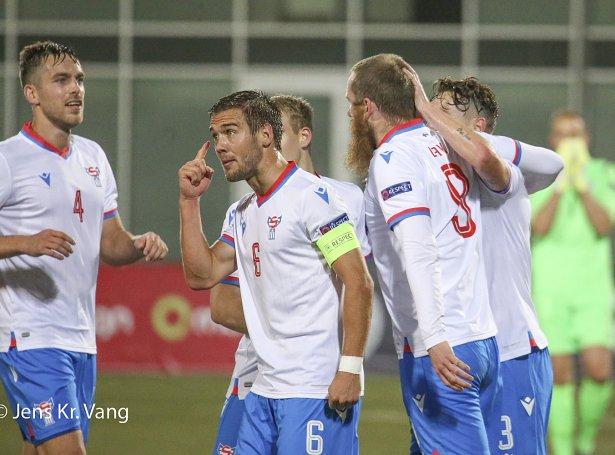 Føroyar vunnu 3-2 á Malta hóskvøldið (Mynd: Jens Kr. Vang)