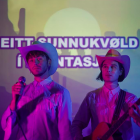 Kóboykex tulkar Eitt sunnukvøld í plantasjuni í cowboystíli