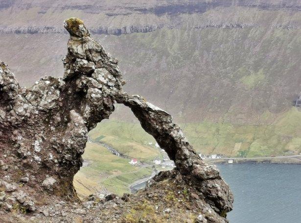 Av Stíginum, vit síggja Árnafjørð