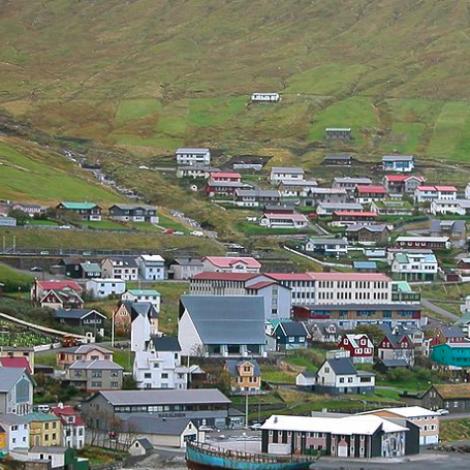 13 valevni á lista F í Fuglafjarðar kommunu