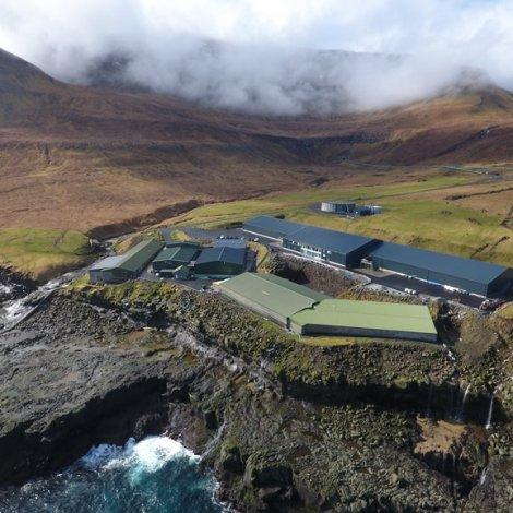 Byggja smoltstøðina á Viðareiði út