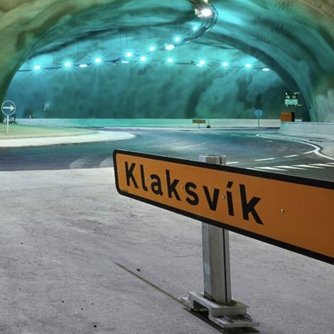 Skeltið verður skift út