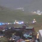 Ferðsluóhapp við trimum bilum á landsvegnum í Syðrugøtu