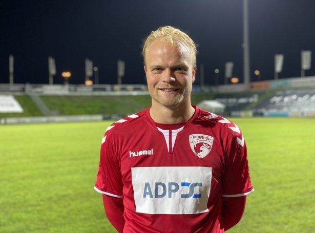 Lukas Enevoldsen hevur seinastu tvey-árini spælt fyri FC Fredericia. Hann og B36 hava gjørt ein eitt-árs sáttmála
