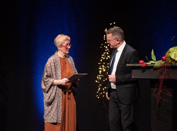 Sigrun Gunnarsdóttir og Jenis av Rana, landsstýrismaður
