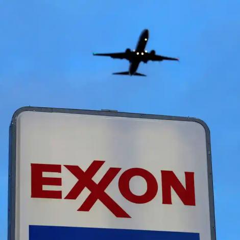 Exxon/Chevron: Oljurisar umhugsa samanlegging