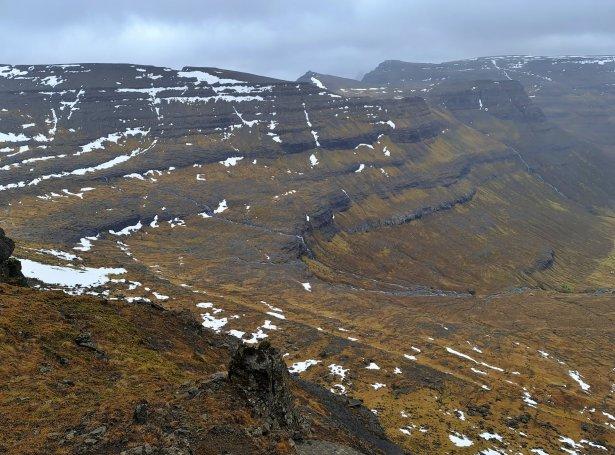 Katlarnar, Toftaknúkur (Gróthúsið) Krúnufjall og Landsuðurfjall