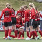 HB-kvinnurnar frøast um 4-1 málið hjá Juliu Naomi Mortensen (Mynd: Sverri Egholm)