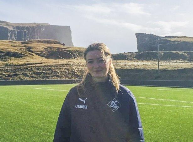 Miriam Pedersen á Eiðinum (Mynd: FC Suðuroy)