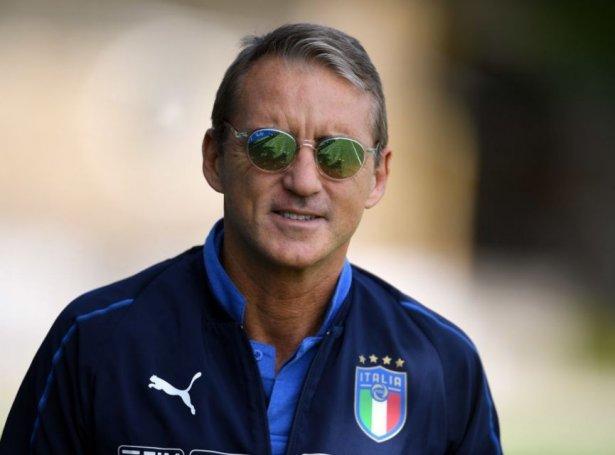 Roberto Mancini skal royna at leiða Italia langt í kappingini