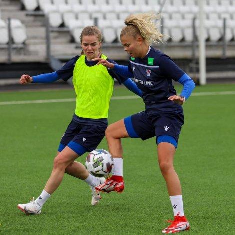 Rakul Maria Johannesen og Tóra Mohr (Mynd: FSF)