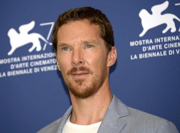 – Alt hetta er ein stórur ruðuleiki, sigur Benedict Cumberbatch, sum spælir Stephen Strange í Marvel-universinum (Mynd: EPA)