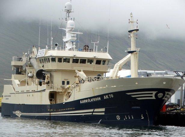Bjarni Olafsson var eitt av skipiunum, sum skuldi koma í flotan, men sáttmálarnir uppá skipini eru útgingir