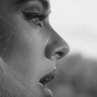 Nýtt staklag hjá Adele sett met á Spotify